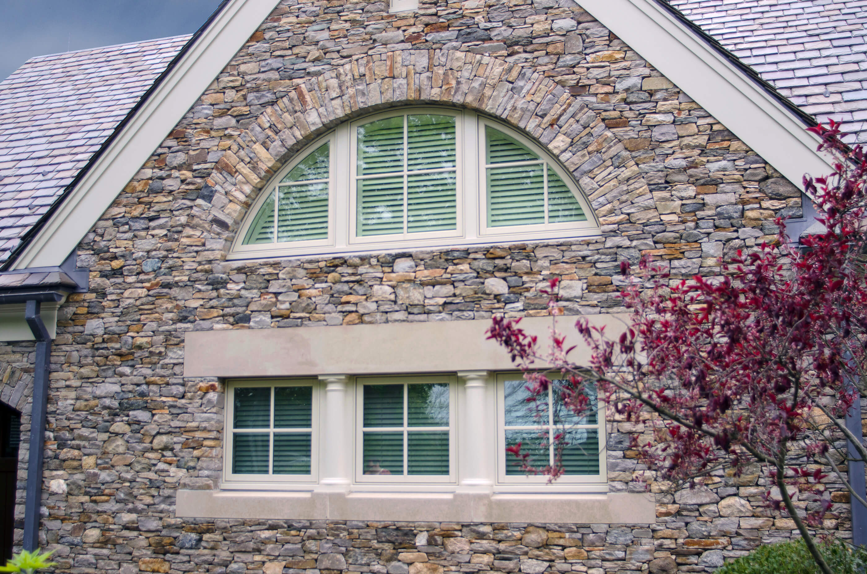 Photo of a seaside home with Kolbe Windows