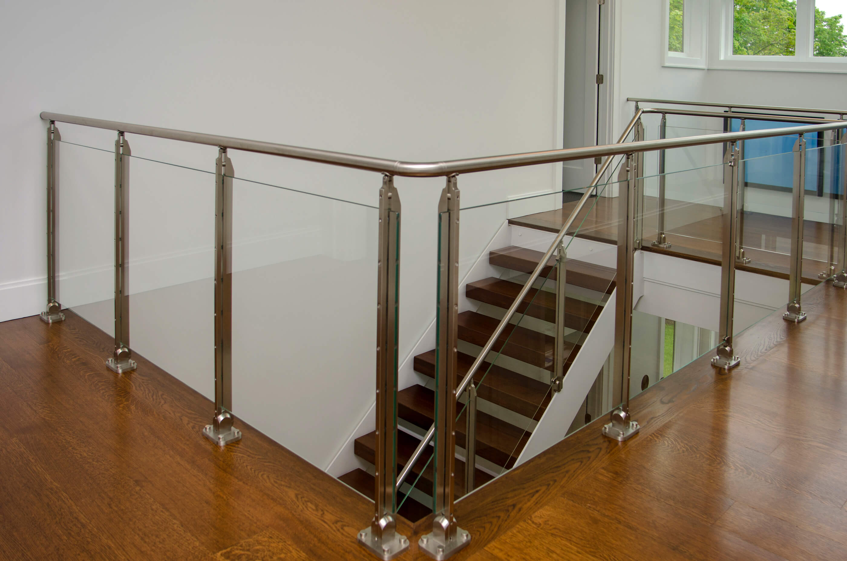 Photo of a Cooper Stairworks glass stair