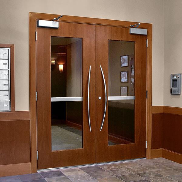 Commerical door photo